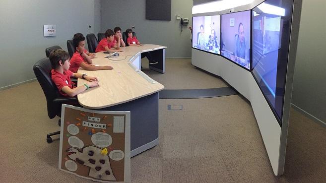 Escolares espa�oles y americanos muestran su proyecto de 'Internet of Things' a trav�s de la telepresencia de Cisco