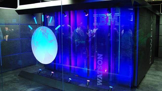 Apple e IBM transforman la educaci�n con IBM Watson Element