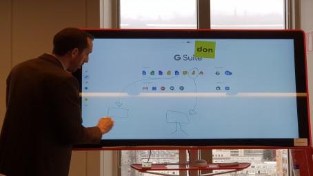 Google Jamboard habilita espacios digitales de colaboración