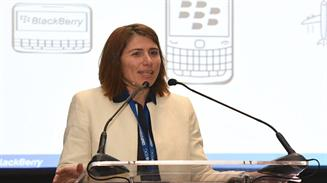 Almudena Maneiro Blackberry