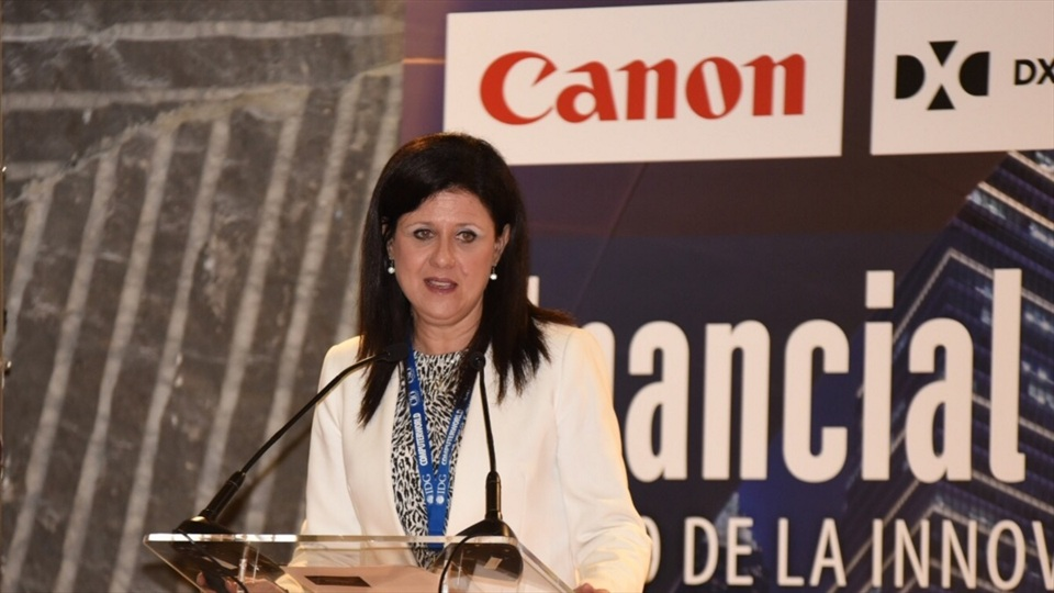 Canon Eva - Financial IT