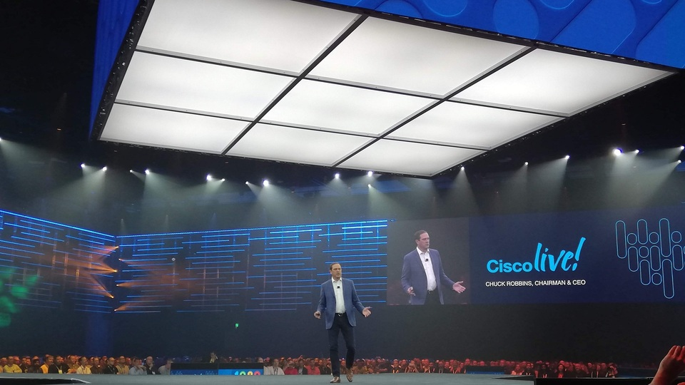 chuck robbins ceo cisco